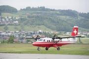 Das Testflugzeug startet auf dem Flughafen Bern-Belp. (Bild: Anthony Anex / Keystone (Bern, 18. Mai 2017))
