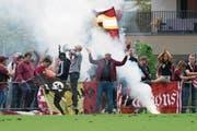 Für Stimmung sorgten vor allem die Servette-Fans. (Bild: Eveline Beerkircher (Altdorf, 12. August 2017))