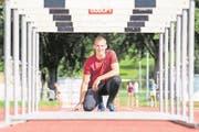 Der Hörbehindertensportler Kim Lenoir auf der Leichtathletikanlage in der Allmend in Luzern. Bild: Eveline Beerkircher/LZ 16. August 2017 (Bild: Eveline Beerkircher/LZ 16. August 2017)