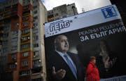 Die Parlamentswahlen finden am 26. März statt. Ein Wahlplakat für Boyko Borisov der GERB-Partei in Sofia. (Bild: KEYSTONE)