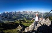 Vizedirektor des Bundesamts für Umwelt, Josef Hess, am Klettersteig Zittergrat beim Brunni oberhalb von Engelberg. (Bild Philipp Schmidli)