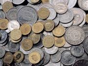 Unverhoffter Geldsegen: Ein Glückspilz hat im Swiss Lotto eine Million Franken gewonnen. (Archiv) (Bild: Keystone/GAETAN BALLY)