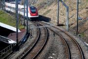 Der Unterhalt der Schieneninfrastruktur wurde vernachlässigt. Deshalb will der Bund von 2017 bis 2020 15 Prozent mehr als normal darin investieren. (Bild: Stefan Kaiser / Neue ZZ)