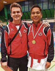 U18-Junior Ivan Fajardo (rechts) mit seinem Coach Yannik Faes. (Bild: PD (Sursee, 11. März 2018))