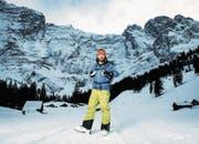 Nik Hartmann war für «Winter Wunderland» auch im Schächental unterwegs und geriet dabei ins Schwärmen. (Bild: SRF)