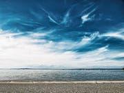 Künstlich gebildete Zirruswolken in tiefer gelegenen Luftschichten könnten für eine Abkühlung auf der Erde sorgen. (Bild: Getty)