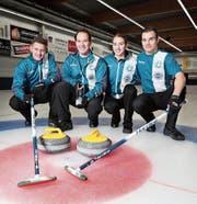 Das Team VLCC Luzern holt sich verdient die Trophy-Krone. Von links: Lucien Lottenbach, Marc Wagenseil, Anna Gut und Patrick Abächerli. (Bild: Roger Zbinden (Zug, 17. März 2018))