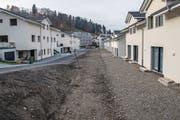 Den Hausbesitzern an der Mätteliguetstrasse droht Ungemach wegen Unstimmigkeiten zwischen dem Generalunternehmer und der Baufirma. (Bild: Nadia Schärli (Schachen, 16.11.2017))