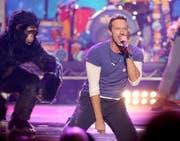 Wer Coldplay-Frontmann Chris Martin am 12. Juni 2016 live singen hören will, muss sich sputen. Es sind nur noch wenige Tickets erhältlich. (Bild: Keystone / Matt Sayles)