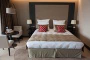 Nach dem Brexit werden die Schweizer Hotelbetten leer bleiben und die Briten der Schweiz fern bleiben. (Bild: Keystone)