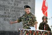 Der Nidwaldner Thomas Kaiser ist Divisionär und neuer Chef der Logistikbasis der Armee. (Das Bild zeigt ihn als Brigadier beim Kavallerie-Denkmal auf der Lueg im Emmental.) (Bild: PD)