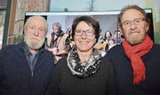 Von links: Paul Murer (Tell 1971), Barbara Bär, Regierungsrätin und Präsidentin der Tellspiel- und Theatergesellschaft Altdorf, und Ernst Gunti (Tell zwischen 1976 und 1991). (Bild: PD (Altdorf, 11. März 2018))