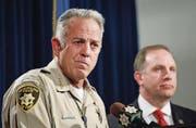 Tappt im Dunkeln: Sheriff Joseph «Joe» Lombardo (54). (Bild: Eugene Garcia/EPA)