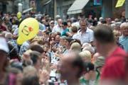 «Waschechte» Luzernerinnen und Luzerner freuen sich schon Monate vor dem 24. und 25. Juni 2016 auf das Luzerner Fest. Oder? (Bild: Archiv Neue LZ / Pius Amrein)