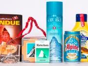 Der wohl bekannteste Berg der Schweiz, das Matterhorn, zielt allerlei Artikel in aller Welt. Das macht eine Pop-Up--Ausstellung des Alpinen Museums Bern zum Thema. Zu sehen ist sie auf dem Gornergrat. (Bild: Felix Brönnimann / Alpines Museum Bern)