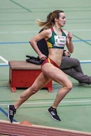 Diesmal wählt Lisa Stöckli über 800 m die richtige Taktik. (Bild: Hanspeter Roos (Magglingen, 18. Februar 2018))