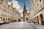 Am Prinzipalmarkt – die Stadt wurde nach alten Plänen und Ansichten wiedererrichtet. (Bild: Getty)