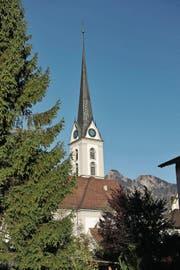 In Kerns bleibt die Kirche im Dorf. Den Pfarrer dagegen will die Kirchgemeinde loswerden. (Bild: Corinne Glanzmann)