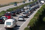 Auf der Autobahn A1 dürfte es insbesondere in Kirchberg zu Staus kommen (Symbolbild). (Bild: Keystone)