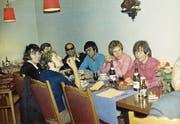 1968: Vonwyl (mit Sonnenbrille) und Manfred Mann samt Band. (Bild: PD)