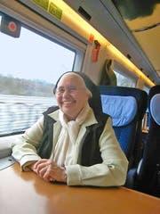 Schwester Irmgard fährt nach dem Besuch eines Frauengefängnisses zurück in die Schweiz. (Bilder Norbert Kiechler)