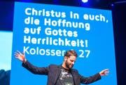 Der Initiator der «Explo» Andreas Boppart spricht in der Messehalle Luzern. (Bild: Philipp Schmidli / Neue LZ)
