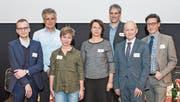 Die Protagonisten des 5. Berufsbildner-Forums: (von links) Moderator Jonas Reif, Thomas Müller, Miriam Sager, Coni Ettlin, Matthias von Ah, Josef Widmer und Georges T. Roos. (Bild: Samuel Büttler/PD)