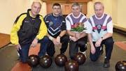 Die besten vier Sportkegler am Einzel-Cup; von links: Robert Baumann (3.), Damian Hauser (2.), Sieger Otto Althaus und Bruno Epp (4.). (Bild: Georg Epp (Altdorf, 24. Februar 2018))