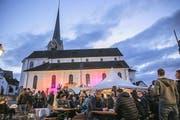 Ein stimmungsvoller Treffpunkt an den Musiktagen: der Stanser Dorfplatz mit der Pfarrkirche als Kulisse. (Bilder André A. Niederberger)