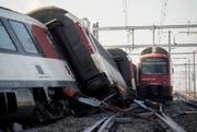 Die Unglücksursache ist bekannt: Die S-Bahn überfuhr ein Signal. (Bild: Keystone)