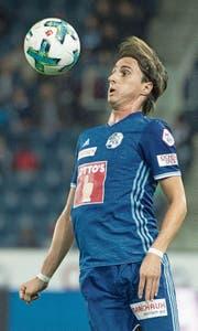 «Das war keine gute Aktion», sagt Hekuran Kryeziu über sein Foul an Basel-Verteidiger Raoul Petretta. (Bild: Urs Flüeler (Luzern, 23. September 2017))