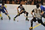 Rollhockey Uri-Uttigen. Joshua Imhof am Ball. (Bild: Urs Hanhart / UZ (29. Oktober 2017))