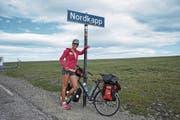 Evelyne Binsack bei ihrer Expedition mit dem Velo zum Nordkap (norwegisch mit zwei p) im Jahr 2016. (Bild: PD)