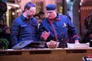 Grill Ueli am kulinarischen Zaubern. (Bild: André A. Niederberger (Stans, 25. November 2017))