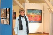 Mino in seiner Ausstellung per obliqum. Bild Marion Wannemacher, 27. Februar, Buochs. (Bild: Marion Wannemacher (Buochs, 27. Februar 2018))