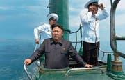 Weltpolitik? Globalisierung? Kim Jong Un – hier auf einer undatierten Aufnahme – fährt seinen eigenen Kurs. Er will die Isolation bewahren. (Bild: EPA)
