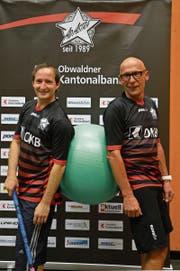 Hubi Flüeler (rechts) zusammen mit Michal Rybka, dem Ad-Astra-Trainer von letzter Saison. (Bild: Simon Abächerli)