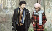 Paul Dédalus (Quentin Dolmaire) mit seiner Muse Esther (Lou Roy-Lecollinet). (Bild: PD / frame.ch)
