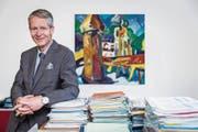 «Ich bin im Alltag extrem vom Job absorbiert.» Marcel Perren nimmt das gelassen. (Bild: Philipp Schmidli (Luzern, 10. August 2017))