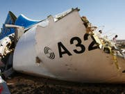 Wrackteil der über der Sinai-Halbinsel abgestürzten Passagiermaschine. (Bild: /EPA RUSSIAN EMERGENCY MINISTRY/MAXIM GRIGORIEV / RUSSIAN EMERGENCY MINISTRY / HANDOUT)