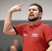 Gibt sich auch für die Playoffs zuversichtlich: der 36-jährige Danijel Eric, der Baumeister der Erfolge von Swiss Central Basketball. (Bild: Keystone/Jean-Christophe Bott (11. März 2017))