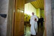 «Betet für mich!» schrieb der Papst seinen zwölf Millionen «Followern» in neun Sprachen. (Bild: Keystone)