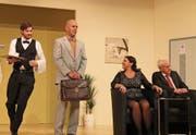 Noch läuft alles rund bei den Kesslers, gespielt von Jonas Kempf, Thomas Bär, Alexandra Gamma und Werner Gisler (von links). (Bild: Robi Kuster (Schattdorf, 12. November 2017))