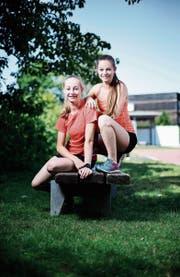 Simone (links) und Joëlle Waser wissen, was sie wollen. (Bild: Stefan Kaiser (Hünenberg, 15. Juni 2017))
