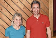 Die beiden am vergangenen Montagabend neu gewählten Gemeinderäte von Bauen, Susanne Sigrist und Andreas Gisler. (Bild: Georg Epp (Bauen, 22. Mai 2017))