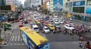 Neun Millionen Einwohner zählt Bangkok. Vortritt wird selten gewährt, den muss man sich nehmen. (Bild: Elisabeth Reisp)