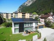 Das Haus der Familie Tresch-Mauron darf als Solarhaus der Zukunft bezeichnet werden. (Bild: PD)