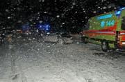 Im Einsatz standen auch mehrere Rettungssanitäter. (Bild: Kapo Uri)