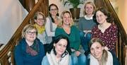 Der Vorstand; hinten, von links: Martina Jauch, Kathrin Regli, Svenja Kluser, Priska Raab, Andrea Flück; die Spielgruppenleiterinnen; vorne, von links: Tanja Bucher, Claudia Fedier und Nicole Colombo. (Bild: PD (Altdorf, 14. November 2017))