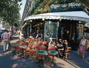 Klassische Bistros (hier das Café de Flore in Saint-Germain, Paris) stehen unter Druck. (Bild: Getty)
